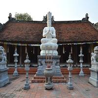 """Ngôi chùa cổ """"hút"""" Phật tử 8x"""