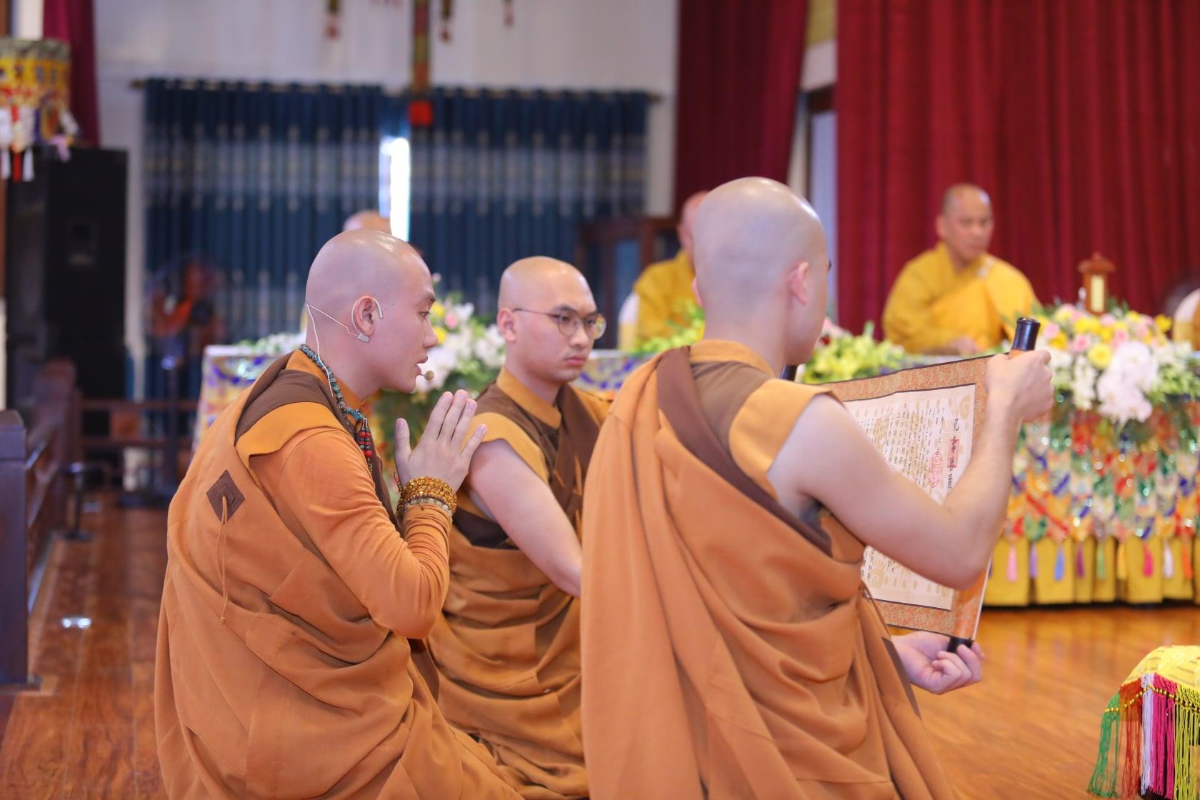 Thang Nghiem Dai Gioi Dan IV (10)