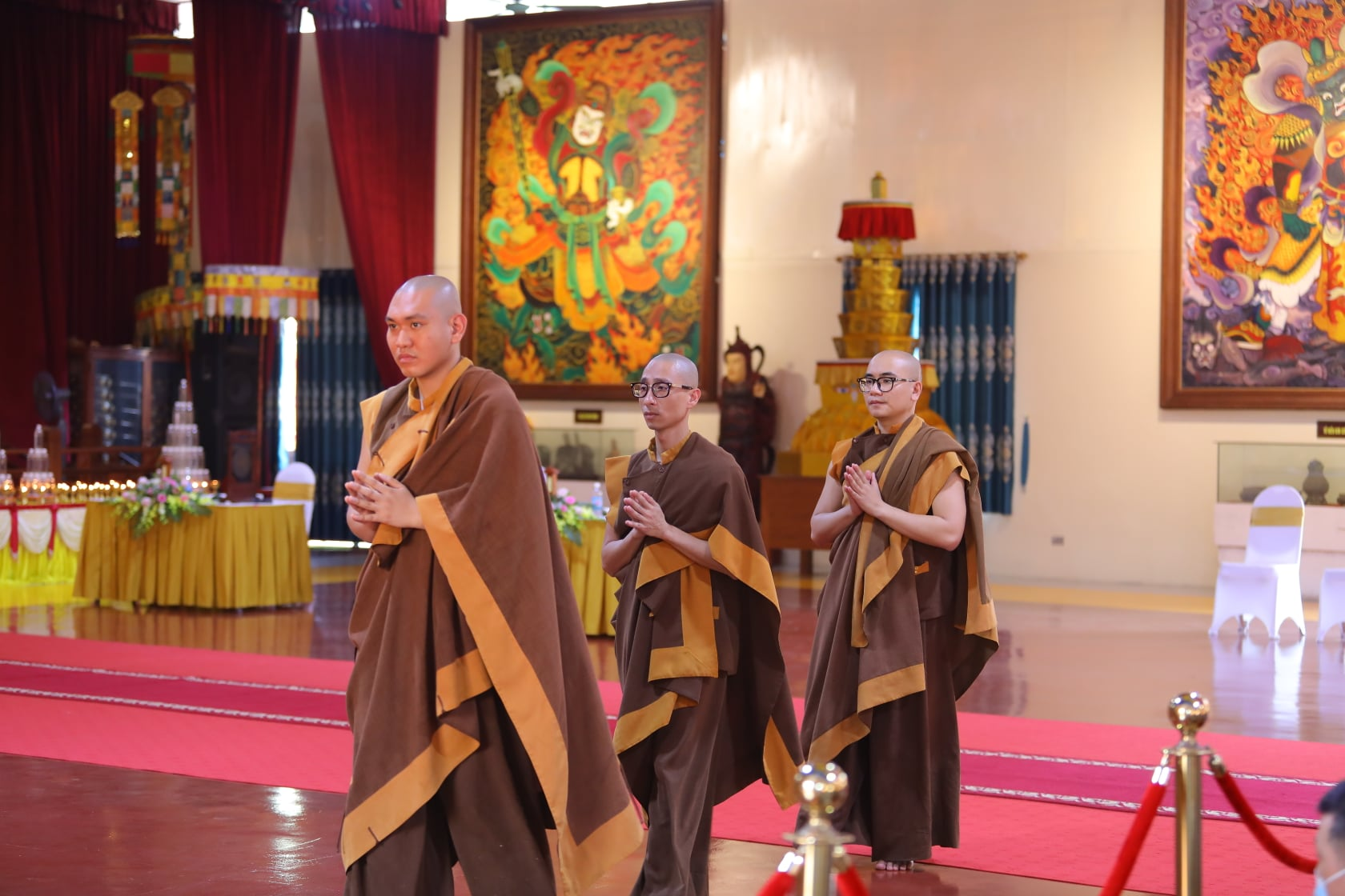 Thang Nghiem Dai Gioi Dan IV (100)