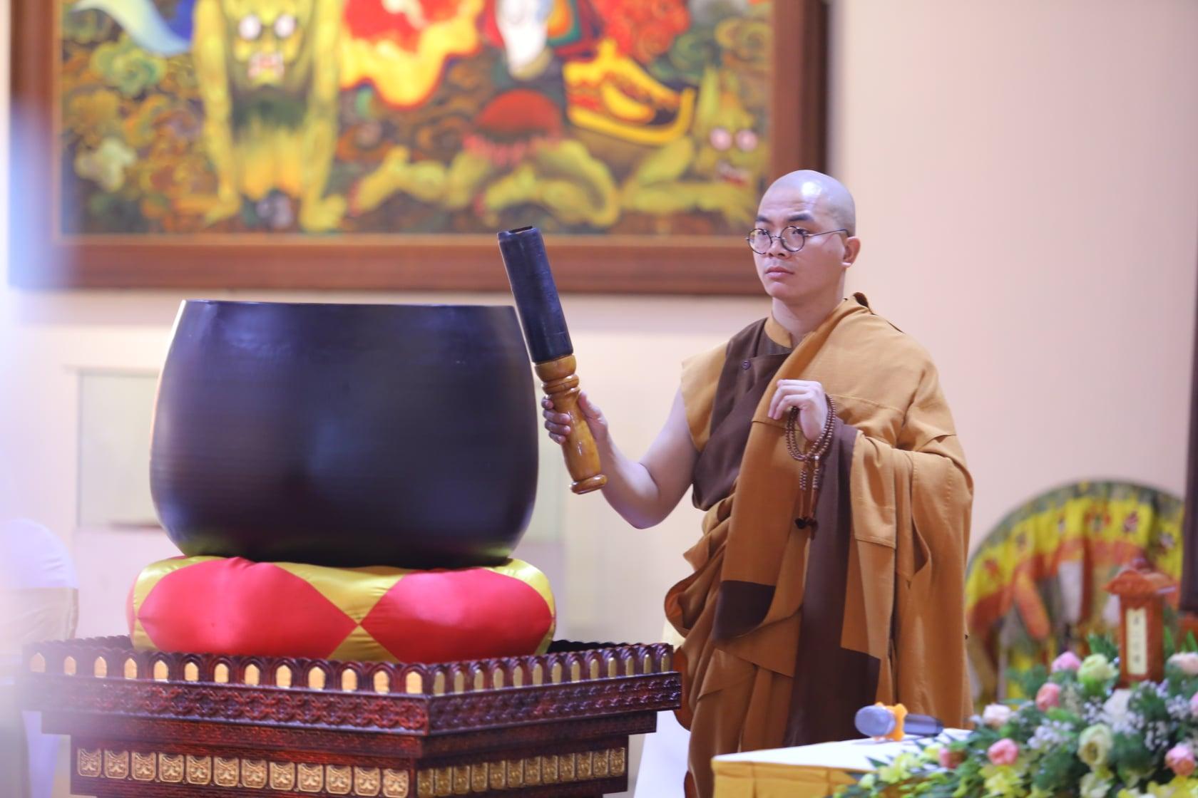 Thang Nghiem Dai Gioi Dan IV (101)