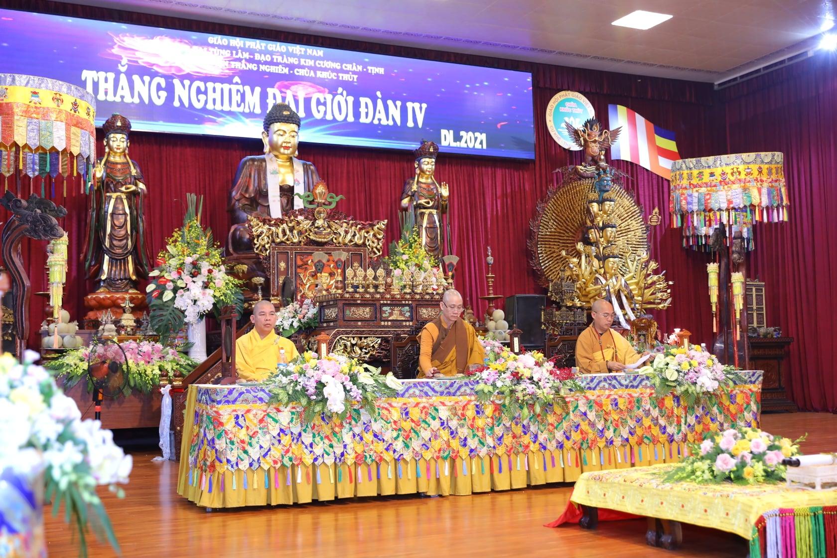 Thang Nghiem Dai Gioi Dan IV (115)