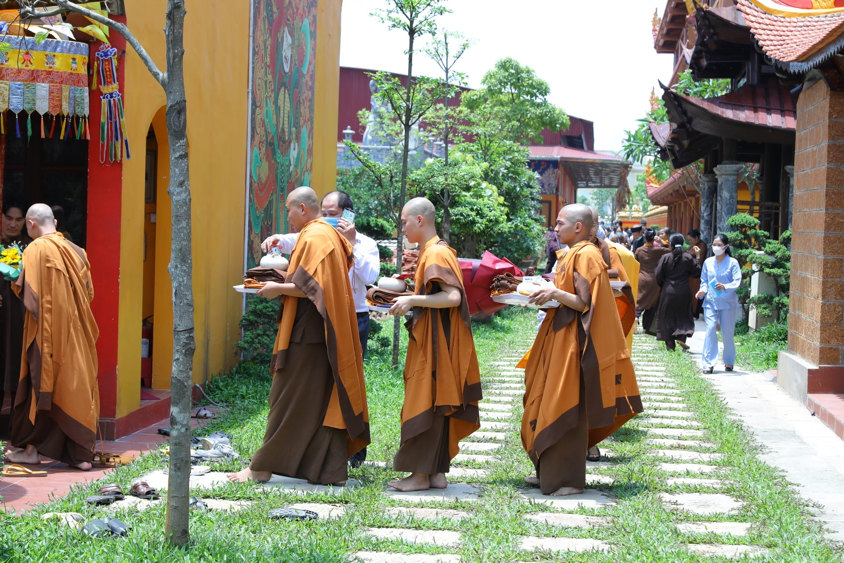 Thang Nghiem Dai Gioi Dan IV (127)
