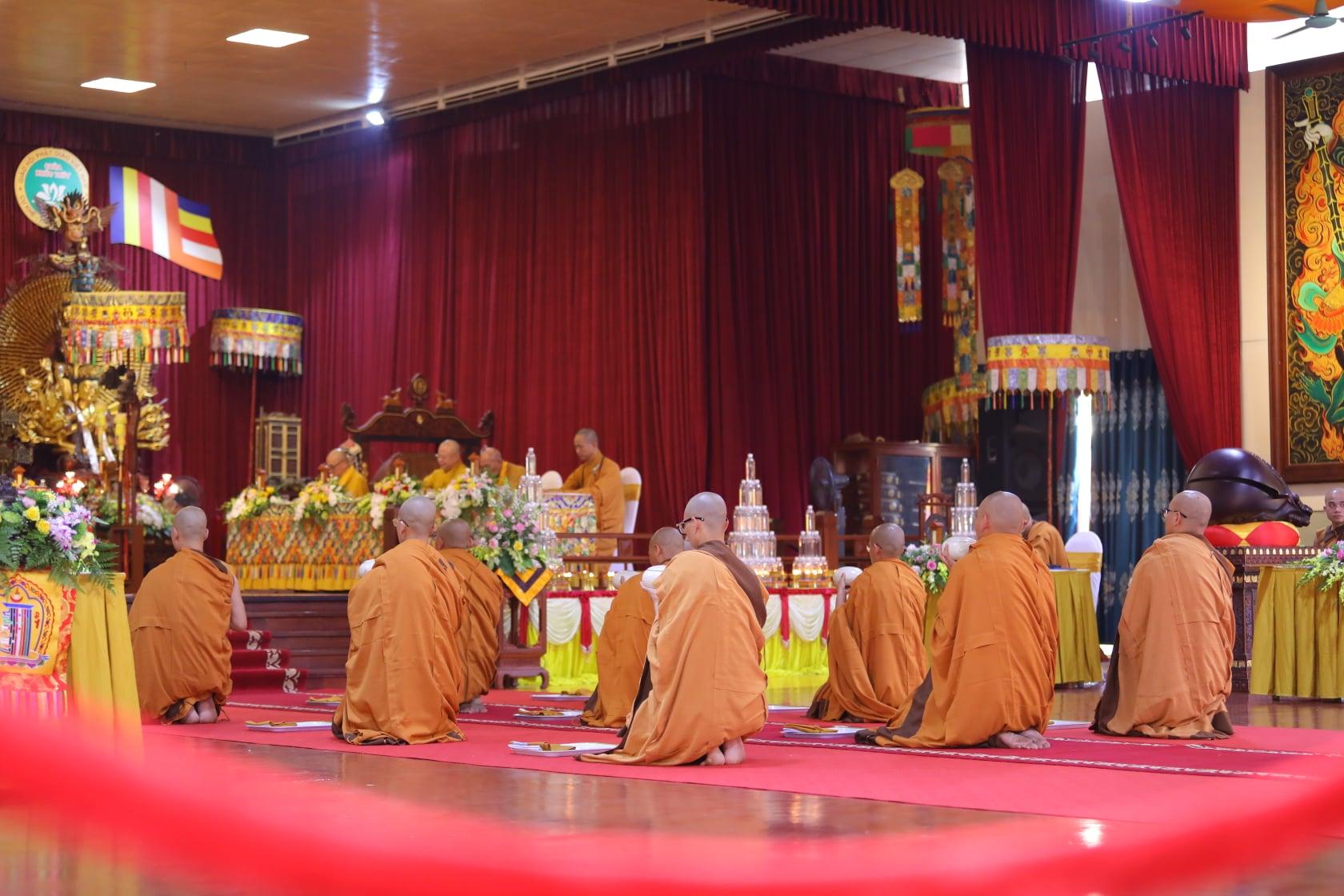 Thang Nghiem Dai Gioi Dan IV (138)
