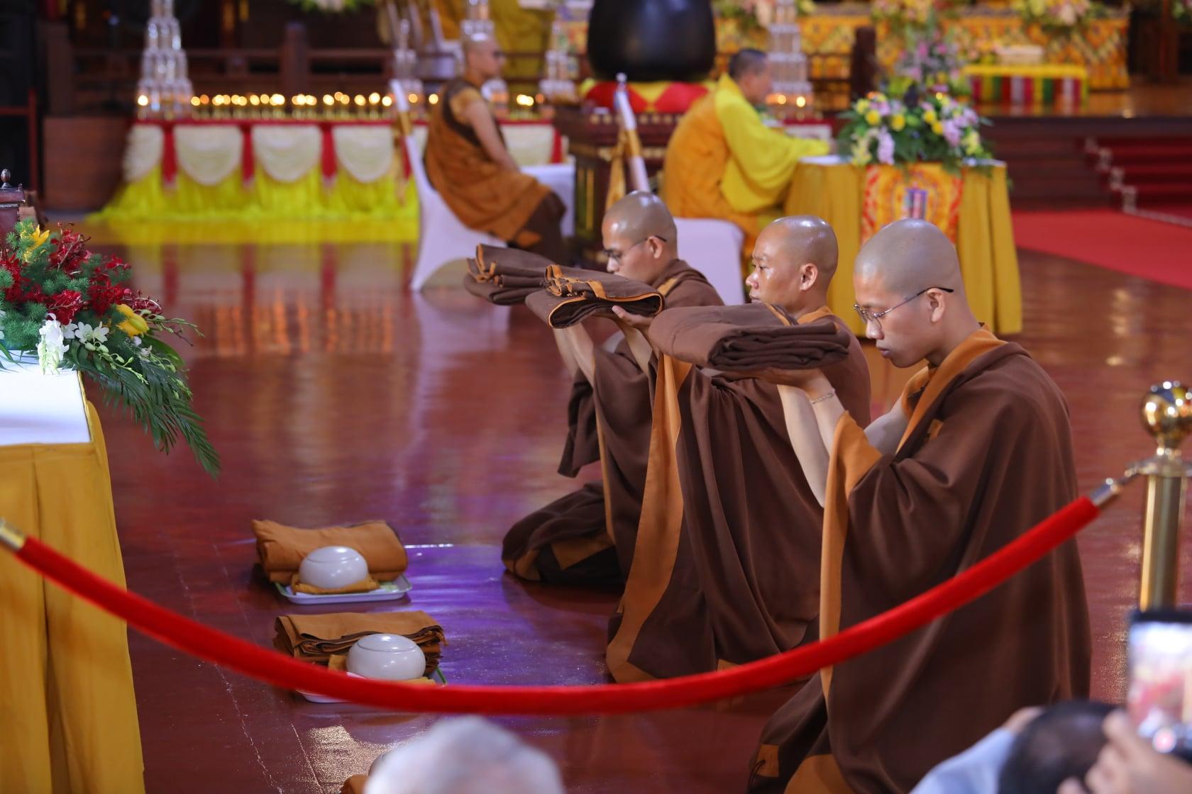 Thang Nghiem Dai Gioi Dan IV (23)