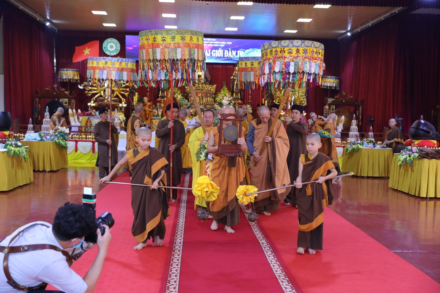 Thang Nghiem Dai Gioi Dan IV (24)