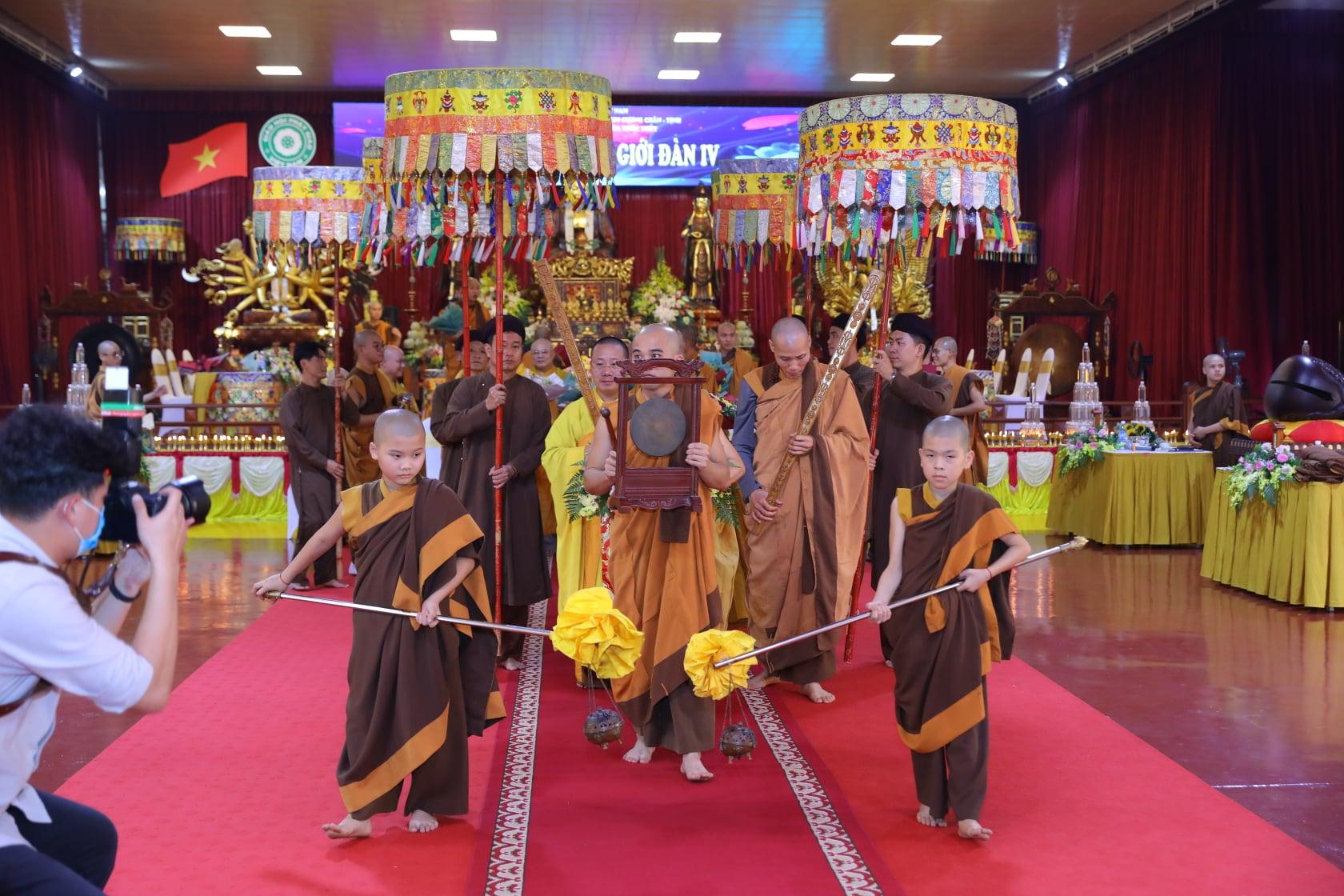 Thang Nghiem Dai Gioi Dan IV (30)
