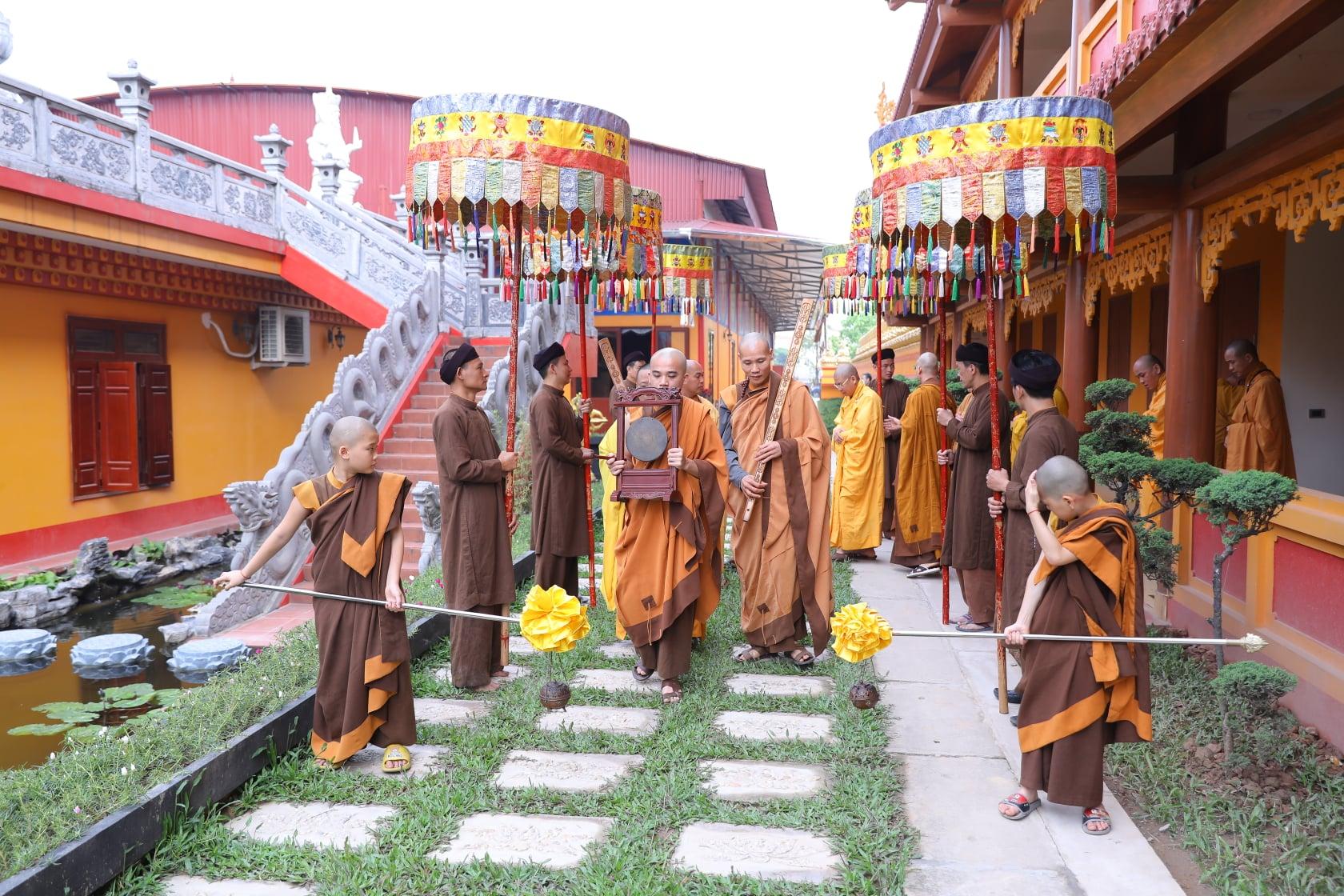 Thang Nghiem Dai Gioi Dan IV (33)