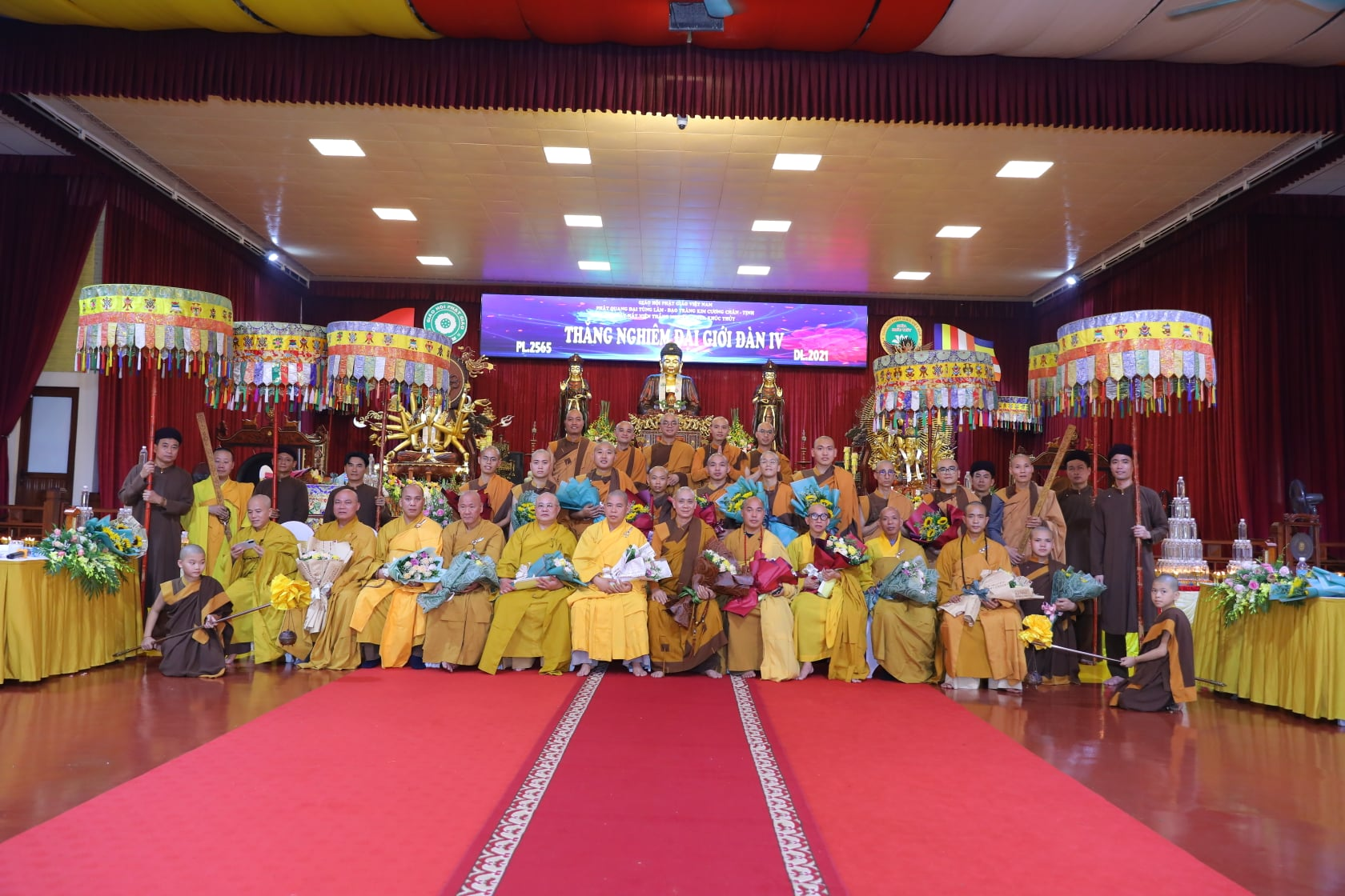 Thang Nghiem Dai Gioi Dan IV (36)