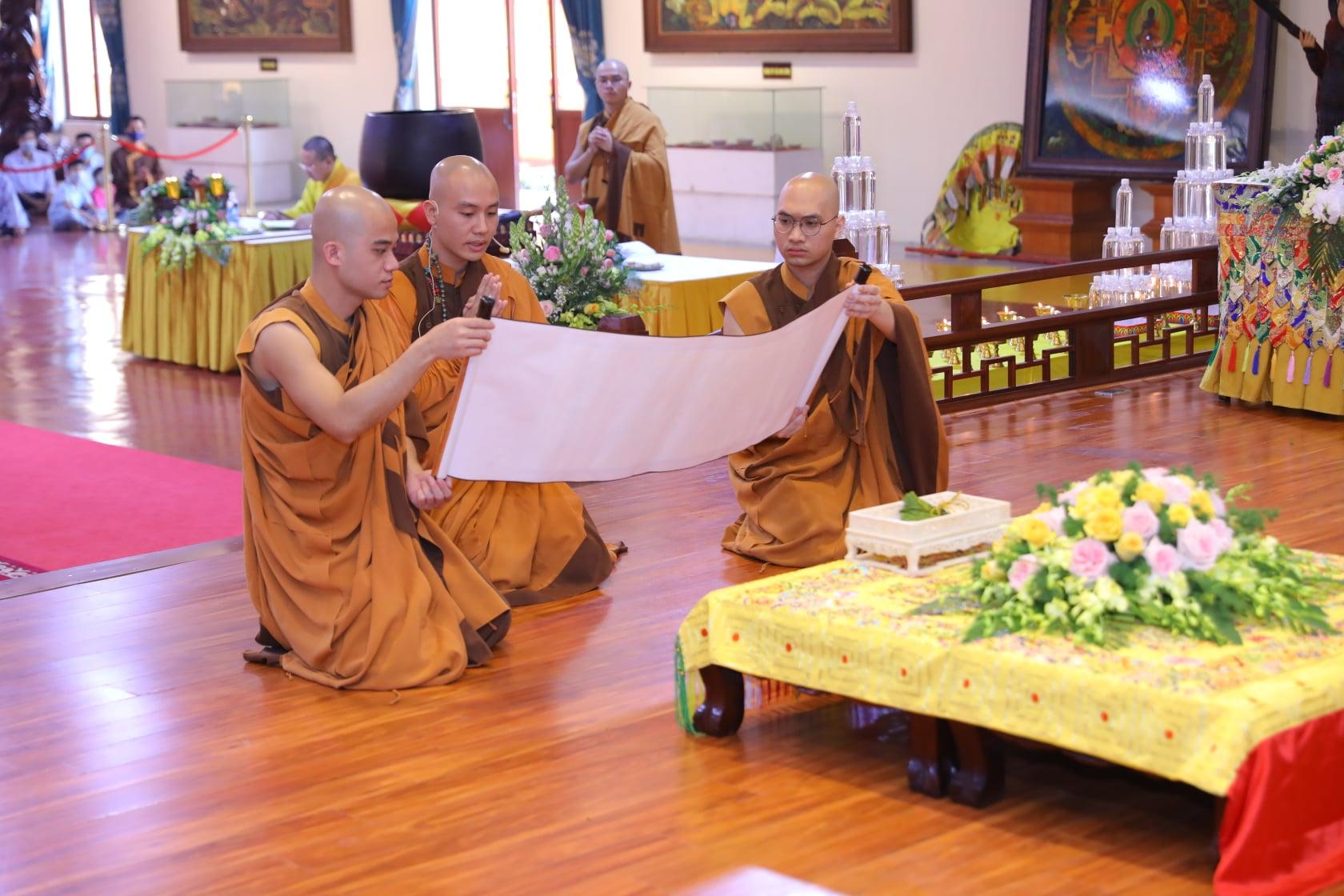 Thang Nghiem Dai Gioi Dan IV (39)