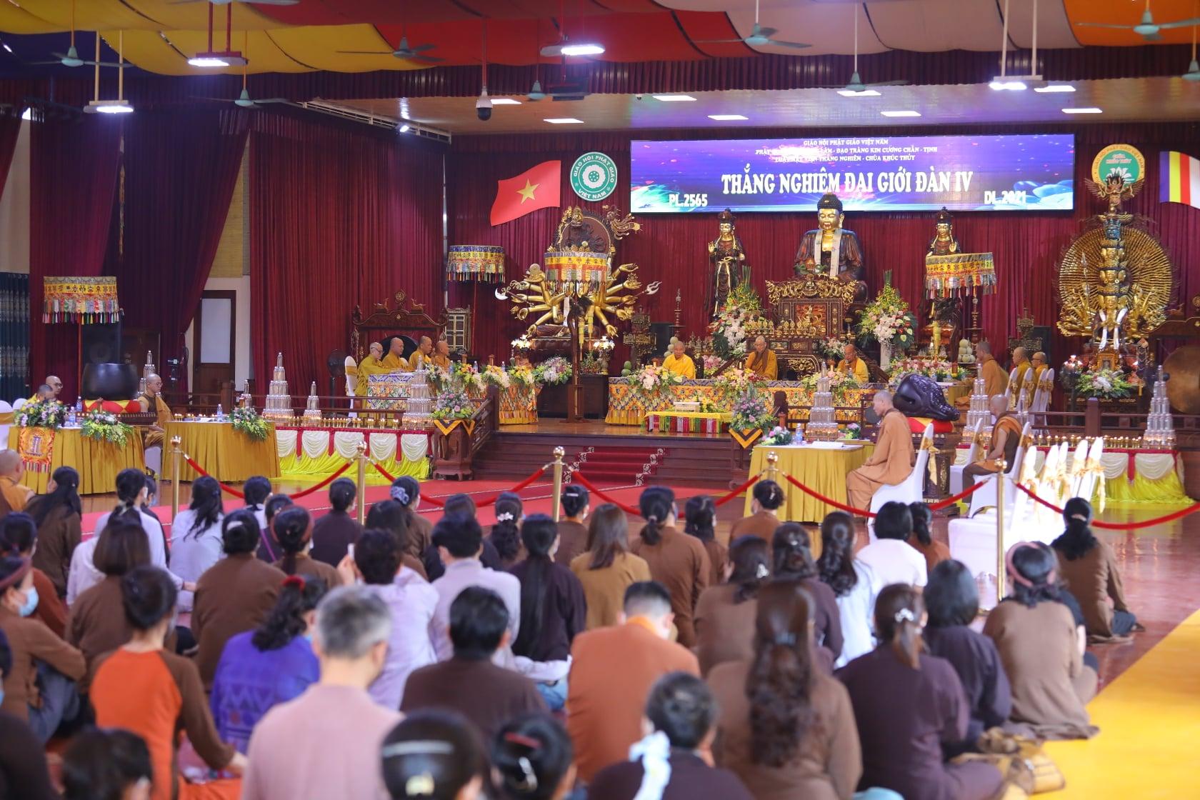 Thang Nghiem Dai Gioi Dan IV (41)
