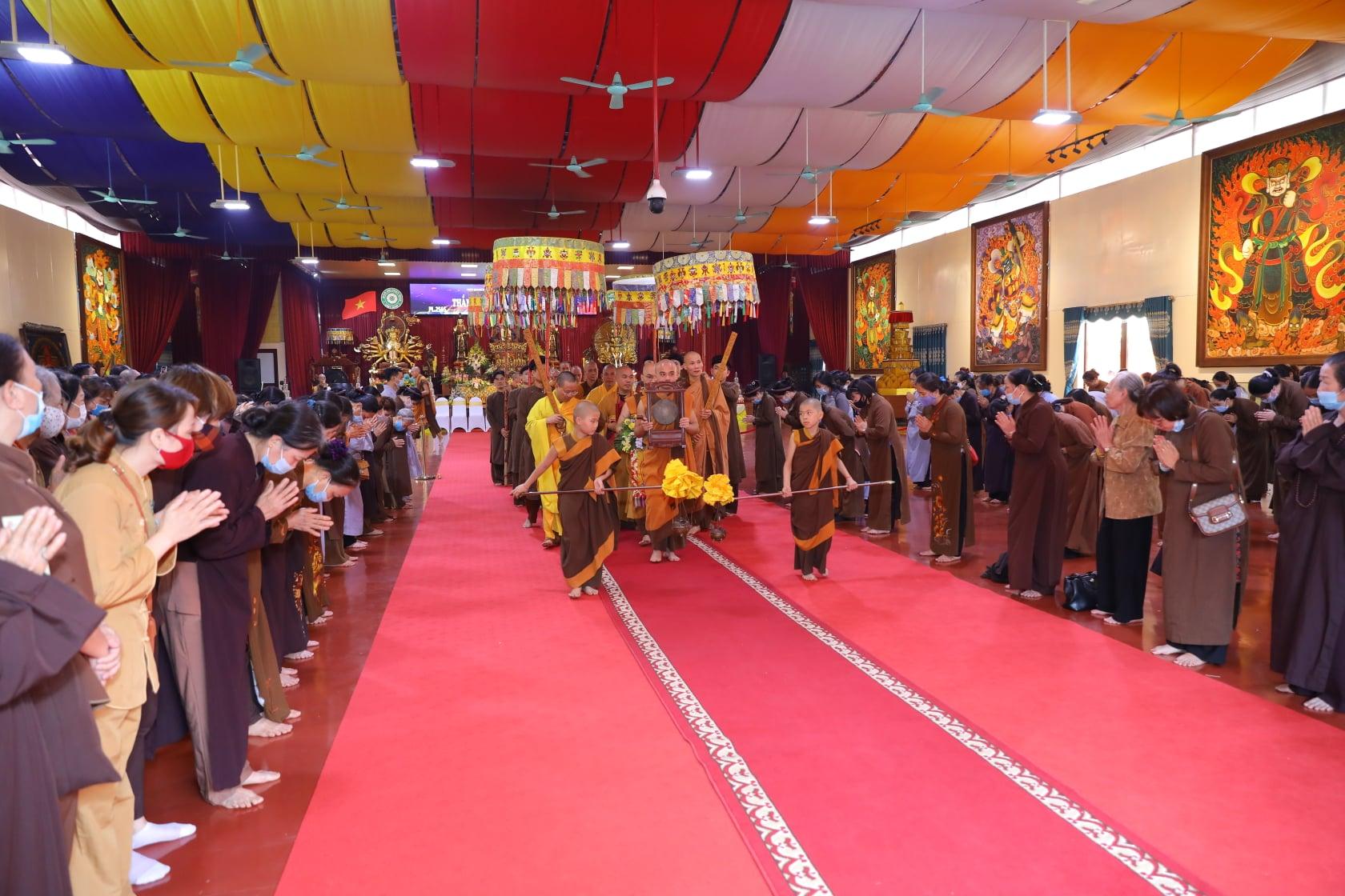 Thang Nghiem Dai Gioi Dan IV (51)