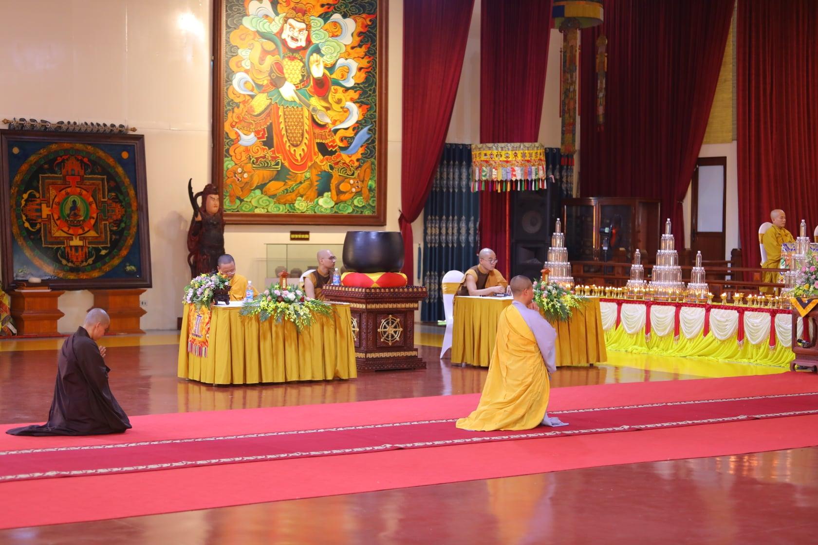 Thang Nghiem Dai Gioi Dan IV (60)