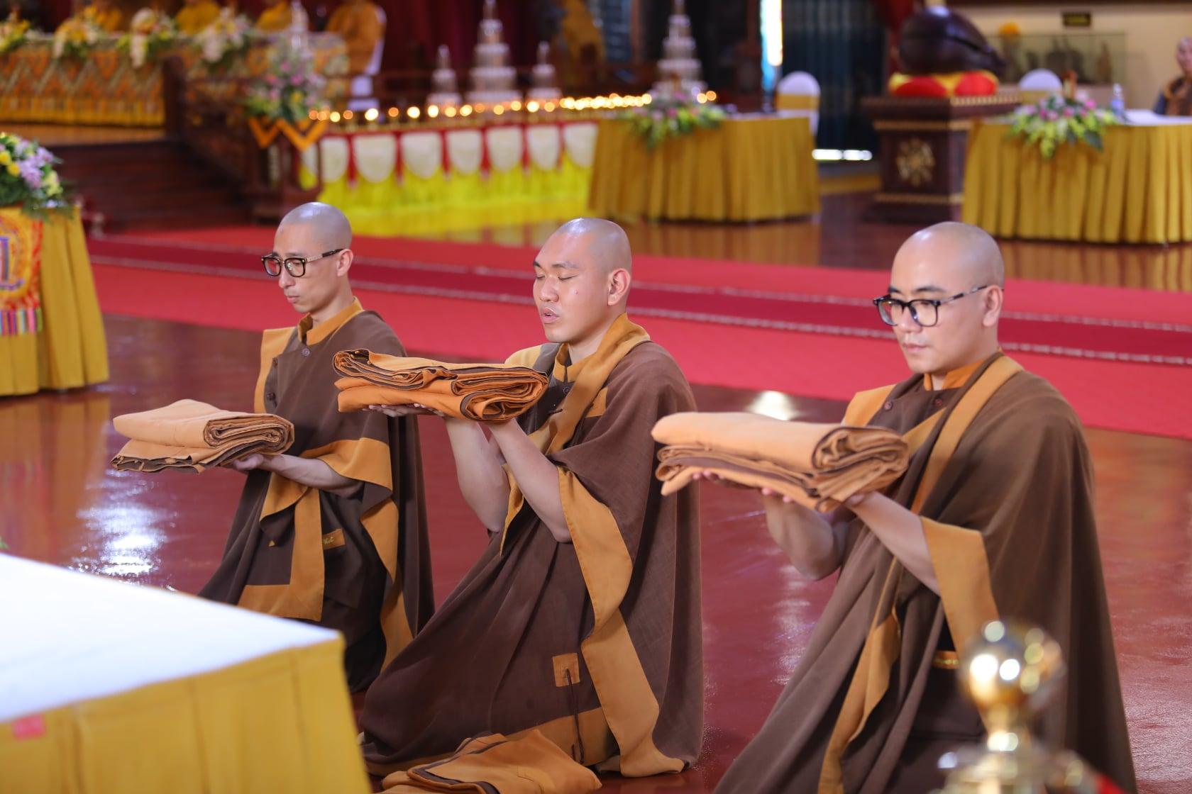 Thang Nghiem Dai Gioi Dan IV (75)