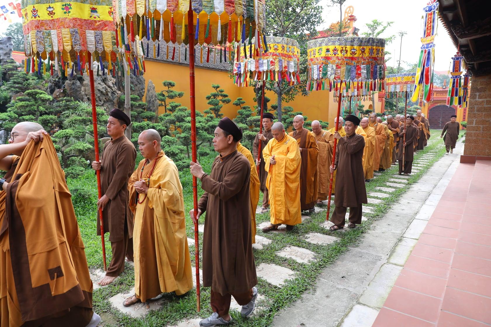 Thang Nghiem Dai Gioi Dan IV (78)